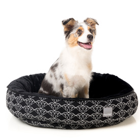 "FuzzYard ""Black Diamond"" Reversible Dog Bed"