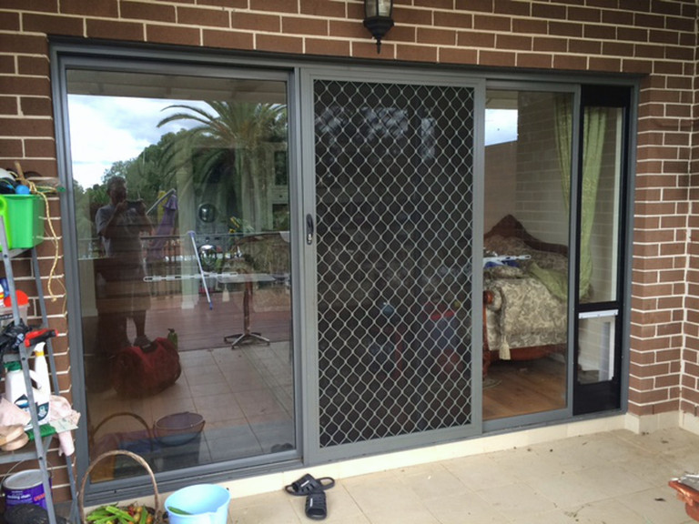 Patiolink Pet Door Insert For Sliding Doors