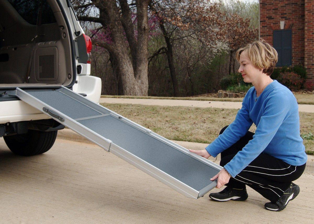 Happy Ride (Solvit) Deluxe Non-Slip Telescopic Pet Ramp - 2 Sizes image 1